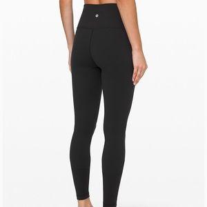 Black wunder under Lululemon leggings